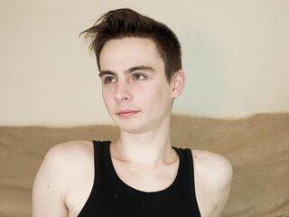 HandsomeTyler online